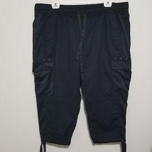 Lane Bryant 22/24 Black Adjustable Capri Pants